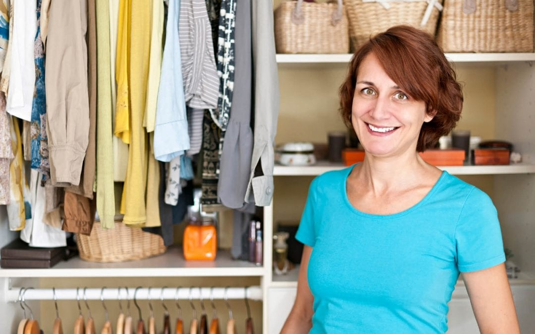 5 Simple Tips to Organize the Closet